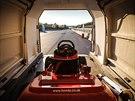 Na zkušebním okruhu IDIADA ve španělské Tarragoně frčela sekačka Honda Mean...