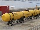 Samostatné podmořské zařízení čeká v australském Perthu na naložení na válečnou...