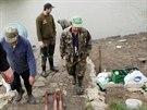 Rybáři na výlovu rybníka poblíž Popůvek u Brna. Policie tu hledala vražednou...