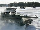 Tanky Leopard 2A4 finsk� arm�dy p�i cvi�en� v roce 2006