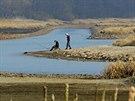 Odhalené původní koryto Vltavy na začátku jezera  v Nové Peci.