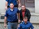 J�n Bakal�r obvin�n� z pokusu o vra�du a z loupe�e v souvislosti s lo�sk�m...