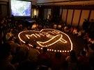 Už měsíc čekají příbuzní cestujících letu MH370 v pekingském hotelu Lido na...