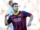 ZNAMENÍ TRIUMFU. Lionel Messi oslavuje zužitkovaný pokutový kop a vedení...