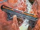 Vlak projíždí kaňonem v hamburském Miniatur Wunderlandu