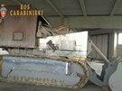 Buldozer přestavěný na tank, kterým chtěli útočit benátští separatisté...