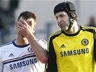 John Terry (vlevo) a Petr Čech z Chelsea.