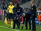 P�EZOUV�N�. Danny Welbeck z Manchesteru United m�l pot�e s kopa�kou.