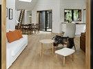 Nábytek v domě je z původní chaty.