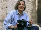 Podle AP je zastřelenou novinářkou fotografka Anja Niedrighausová (na snímku z roku 2005)