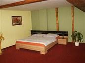 Nově zrekonstruovaný hostel Alia, který nabízí ubytování hostelového i...