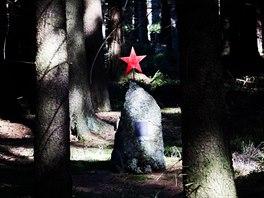 Vojenský újezd Brdy - pomník zastřelených partyzánů v 2. světové válce