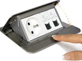 Vysouvací pop-up krabice lze osadit zásuvkami podle potřeby.