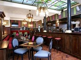 Café Amandine - interiér oblíbeného podniku navrhl Jaromír Pizinger.