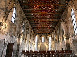 Pražská křižovatka. Bývalý kostel sv. Anny původně sloužil sestrám dominikánkám.