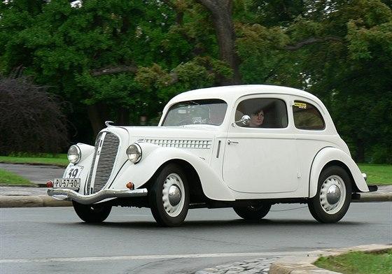 Škoda Popular 1100 OHV s karosérií tudor z roku 1938