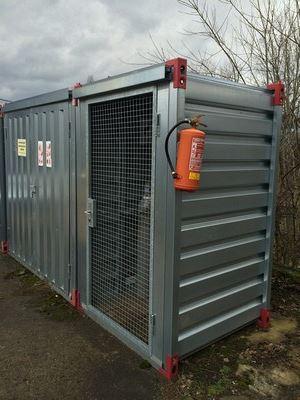 Kontejnery KOVOBEL: řešení ochrany vašeho majetku a skladování i nebezpečných...