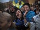 Demonstrace za zachování celistvosti Ukrajiny v Doněcku (18. dubna 2014)