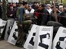 Nepokoje ve městě  Slavjansk na východě země (12. dubna)