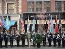 Čestná stráž vzdává hold obětem bostonských bombových útoků (15. dubna)