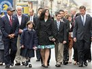 Rodiny obětí bostonských útoků při vzpomínkové ceremonii (15. dubna)