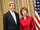 Americký ministr zahraničí John Kerry a šéfka unijní diplomacie Catherine