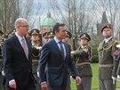 Generální tajemník NATO Anders Fogh Rasmussen s premiérem Bohuslavem Sobotkou