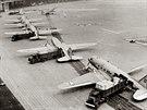 Vykl�dka americk�ch letoun� na leti�ti Tempelhof