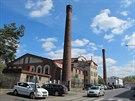 Vstup do areálu, kde sídlí Úsvit. Průmyslová budova na snímku je bývalá...