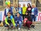 Irena (horní řada, první zleva) našla svou běžeckou inspiraci a sebedůvěru i...