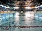 Na zimním stadionu v Hradci Králové taje led
