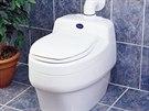 Moderní separační toalety nepotřebují ani vodu ani kanalizaci ani chemii.