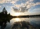 Turisty přitahují magické letní noci, kdy slunce několik týdnů nezapadá.