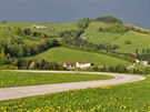 K cyklistickým vyjížďkám zve v Rakousku i mnoho vedlejších silnic, vesměs s...