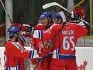 Čeští hokejisté slaví gól proti Norsku.