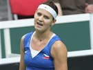 Česká tenistka Lucie Šafářová během úvodní dvouhry semifinále Fed Cupu proti...