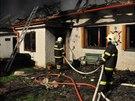Požár statku ve Štítech na Šumpersku (17. dubna 2014)
