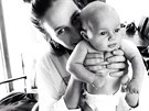 Loni Jane Anthony a její syn Rowdy Nash (duben 2014)