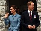 Princ William a jeho manželka Kate po kladení věnců válečným hrdinům v...