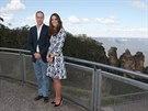 Princ William a jeho manželka Kate pózují na návštěvě Modrých hor,  vpravo v...