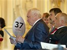 Nadační fond Miloše Zemana na Pražském hradě uspořádal charitativní aukci,