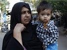 Musa Khan se svojí babičkou (12. 4. 2014)