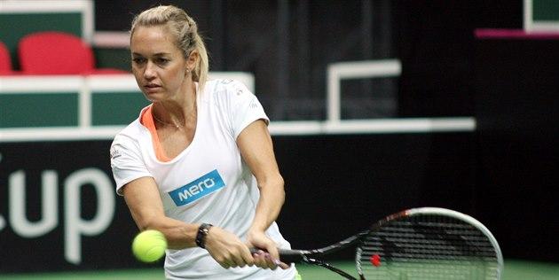 Klára Koukalová se v Ostrav� p�ipravuje na semifinále Fed Cupu.