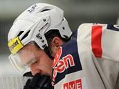 Chomutovský hokejista Marek Sikora po sestupu.