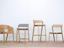 Zleva: židlové křesla Merano, barové židle Merano a novinka - židle Merano