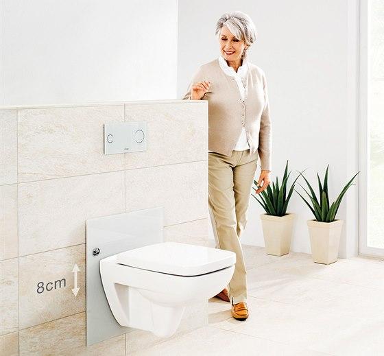 Po stisknutí tlačítka lze individuálně navolit výšku sedací plochy toalety Eco