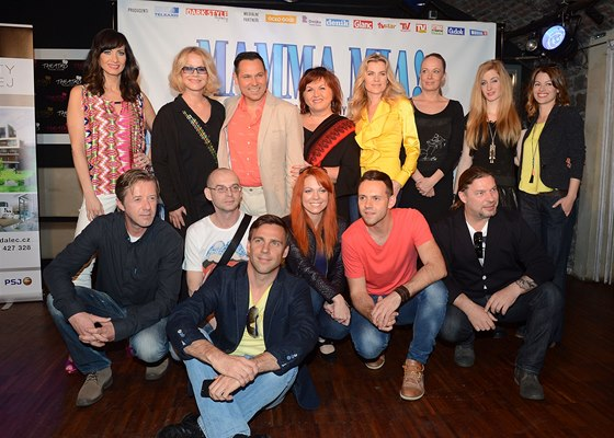 Obsazení muzikálu Mamma Mia! - Daniela Šinkorová, Jitka Asterová, Pavel Vítek,