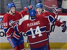 Hokejisté Montrealu Brendan Gallagher (vpravo), Tomáš Plekanec a Michael