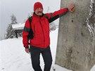 Na vrcholu. V�stup Lysa�i ukon�uj� u obelisku ve v�ce 1323 metr�, kde si