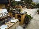 Venkovní kuchyně na terase
